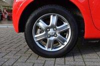 Toyota IQ 1.0 VVT-i 2 3dr Multidrive