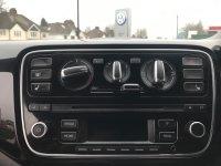 Volkswagen UP 1.0 (75PS) High up!