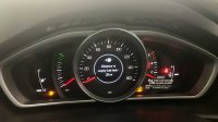 Volvo V40 D4 Cross Country Manual (Nav plus, Winter pack and spare wheel)