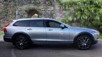 Volvo V90 D5 PowerPulse AWD Cross Country Automatic Pro Plus Options