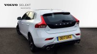 Volvo V40 D2 R-Design Manual