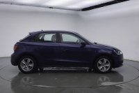 AUDI A1 Sportback SE 1.0 TFSI 95 PS 5-speed
