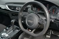 AUDI A6 Avant Black Edition 3.0 TDI quattro 272 PS S tronic