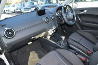 AUDI A1 Sport 1.0 TFSI 95 PS 5-speed