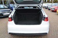 AUDI A3 S line 1.4 TFSI cylinder on demand 150 PS 6 speed