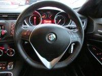 Alfa Romeo Giulietta 2.0 JTDM-2 Exclusive 5dr (start/stop)
