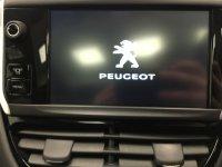 Peugeot 208 1.6 e-HDi Feline 5dr EGC [Sat Nav]