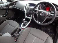 VAUXHALL ASTRA Astra 1.4i Turbo (140ps) SRi 5dr
