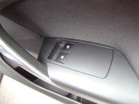 "VAUXHALL INSIGNIA Insignia 1.8i VVT SRi 5dr (18"" Alloys & Bluetooth & DAB Radio)"