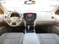 Nissan Pathfinder SV
