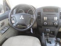 Mitsubishi Pajero BASE