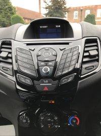 Ford Fiesta 1.25i 16v ZETEC 3 DOOR.