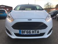 Ford Fiesta 1.25i 16v ZETEC WHITE EDITION 3 door.