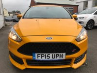 Ford Focus ST-2 2.0 EcoBOOST (250 PS) 5 door***SYNC2 SATELLITE NAVIGATION***