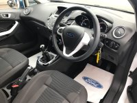 Ford Fiesta 1.25i 16v ZETEC WHITE EDITION 3 door.***SAT NAV***