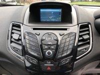 Ford Fiesta 1.25i 16v ZETEC BLUE EDITION 3 door.**SAT NAV***