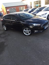 Ford Focus 1.0 Turbo Ecoboost (125PS) 6 speed ZETEC 5 dr**APPEARANCE Pack**.