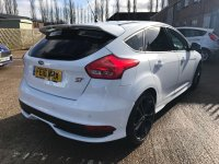 Ford Focus ST-3 2.0 T Ecoboost (250 PS) 6 speed 5 door**BLACK STYLE PACK & SAT NAV**