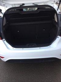 Ford Fiesta 1.25i 16v ZETEC WHITE EDITION 3 door.