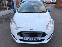 Ford Fiesta 1.25i 16v ZETEC WHITE EDITION 5 door***SAT NAV***