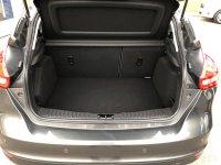 Ford Focus 1.5 TDCi (120PS) DIESEL 6 speed ZETEC 5 door***HIGH SPEC***